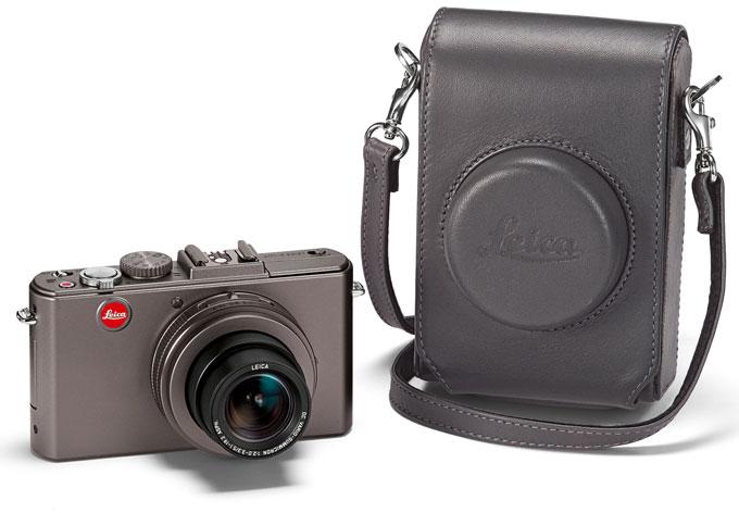 LEICA D-LUX 5 TITANIUM camera with case
