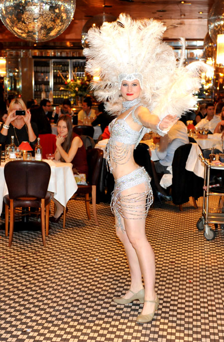 veni vidici champagne brunch party knightsbridge chelsea frankies 2011 burlesque dancer
