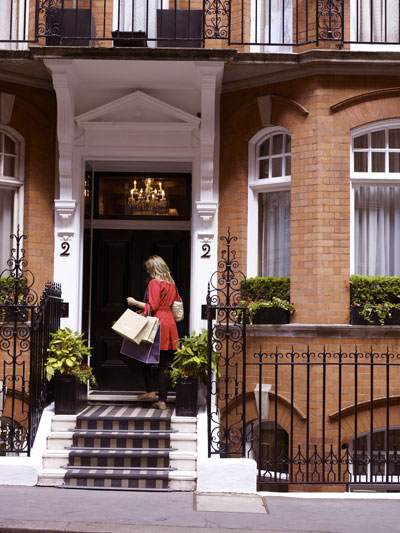 Athenaeum Hotel London VIP shopping service with Harvey Nichols Knightsbridge at doorstep