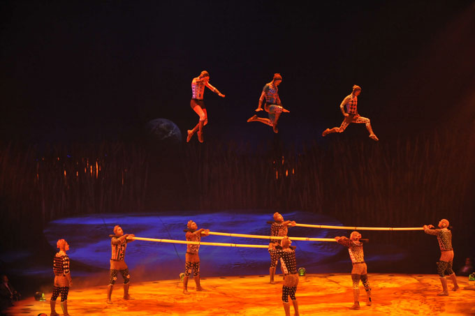 Cirque Du Soleil &#8211; Totem 2012 at The Royal Albert Hall