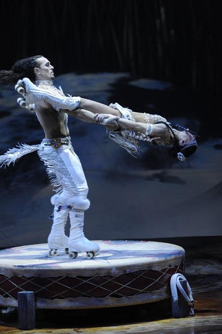 Cirque du Soleil Totem 2012 Tapis Rouge The Royal Albert Hall Patins roulettes d.auclair