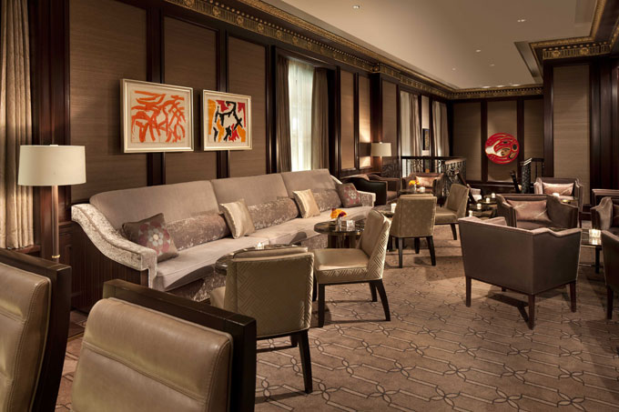 Rosewood Hotel Georgia Vancouver lounge artwork