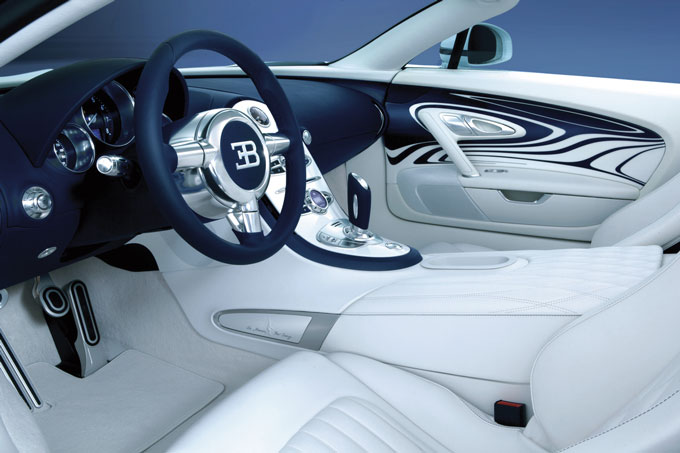 Bugatti Veyron L'Or Blanc interior view