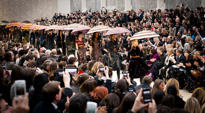 Burberry Prorsum Autumn Winter 2012 Womenswear Show Finale Kensington Garden tent