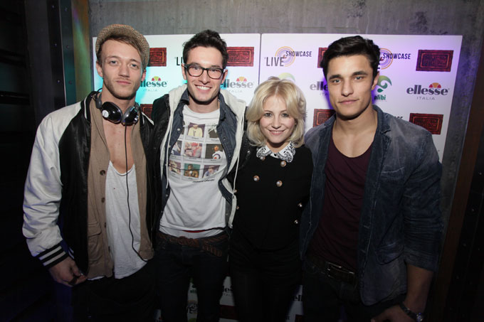 CDC Scene Check Showcase Live 20-2-12 with pixie lott