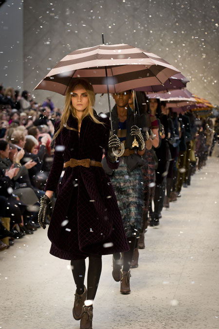 Cara Delevingne Burberry Prorsum Autumn Winter 2012 Womenswear Show Finale