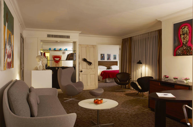 Hyatt Regency London &#8211; The Churchill partners with the Saatchi Gallery