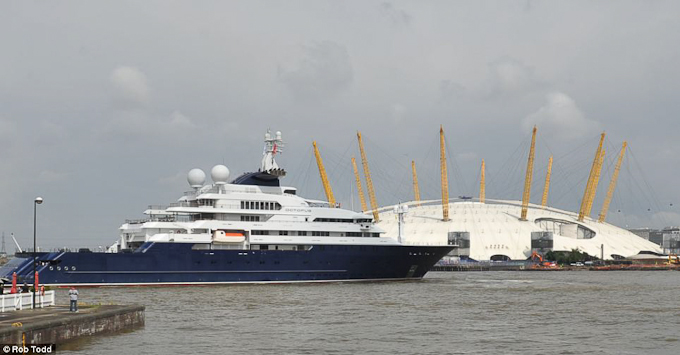 Octopus, the superyacht belonging to Paul Allen, co-founder of Microsoft passes the London O2