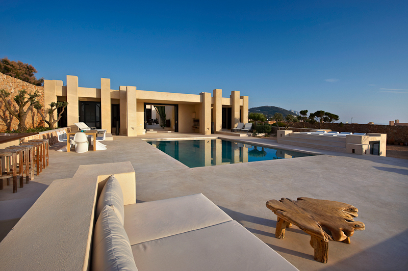 CDClifestyle - Luxury Escape of the Week | Sunset Villa - Ibiza pool view
