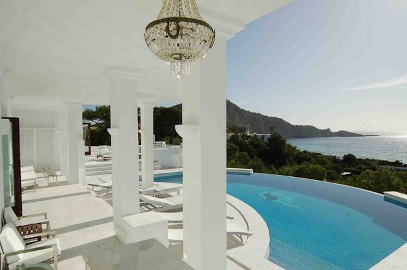 Luxury Escape of the Week | Villa Fiesta - Ibiza pool view