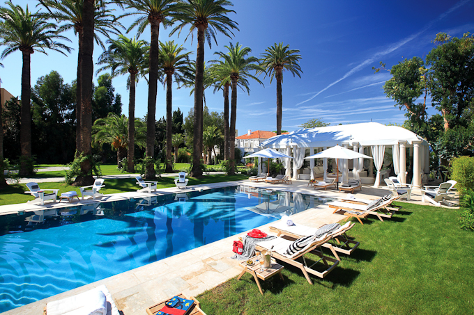 Reasons to visit St Tropez on the French Riviera pool in the sun