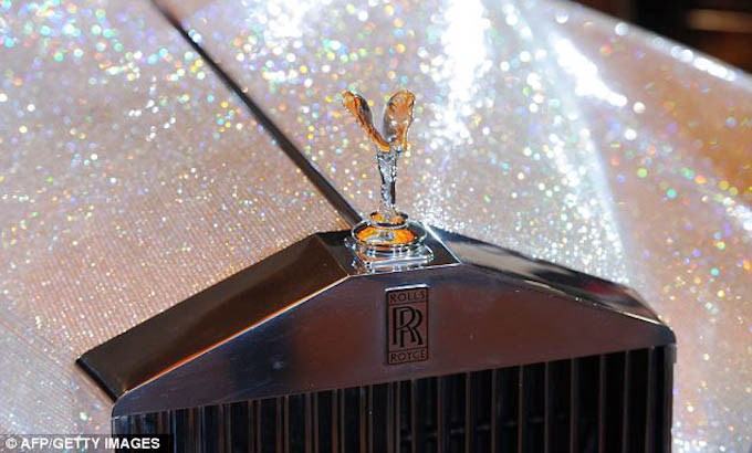 Picture of the Swarovski Rolls Royce
