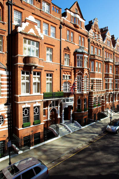 We discover Knightsbridge's most charming and charismatic boutique hotel – No.11 Cadogan Gardens