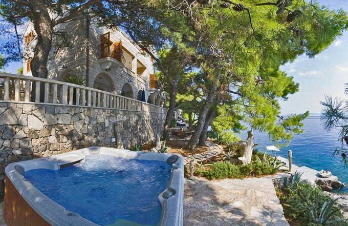 Stunning villa with a jacuzzi on terrace and view overlooking the Dalmatian Coast, Croatia