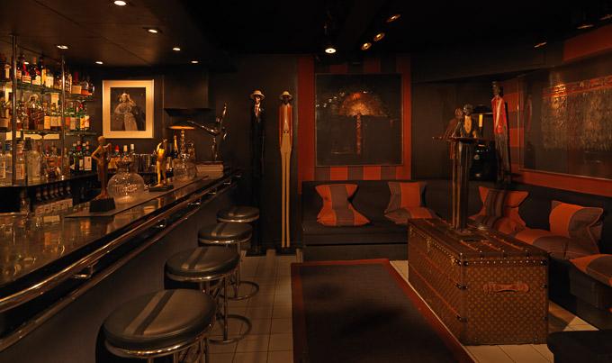 Blakes Hotel bar