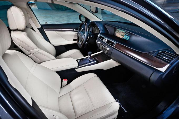 Lexus GS 450h F-Sport 2013 interior