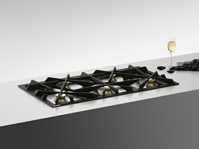 Grand Cuisine: Fully-Integrated Gas Hob
