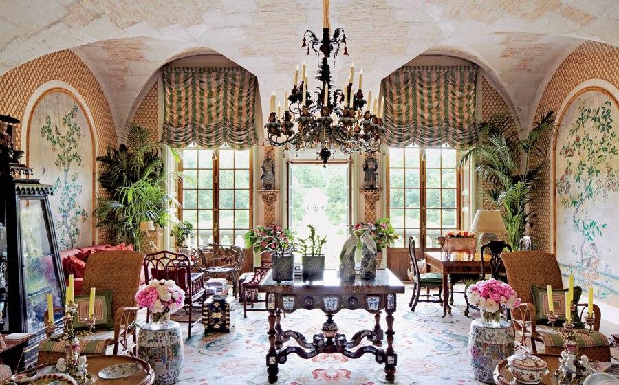 Valentino's Property