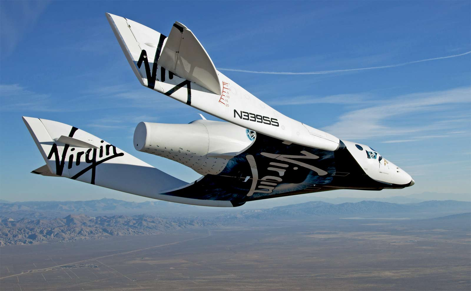 Virgin_Galactic_VSS_Enterprise_Free_Flight_3