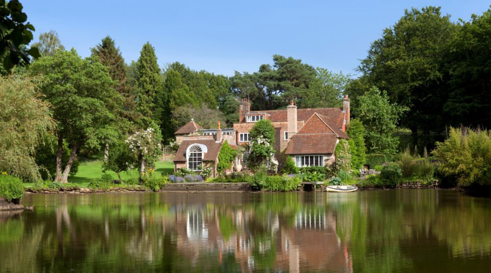 Vivien Leigh's Former Sussex Home on Sale for £3.5 Million