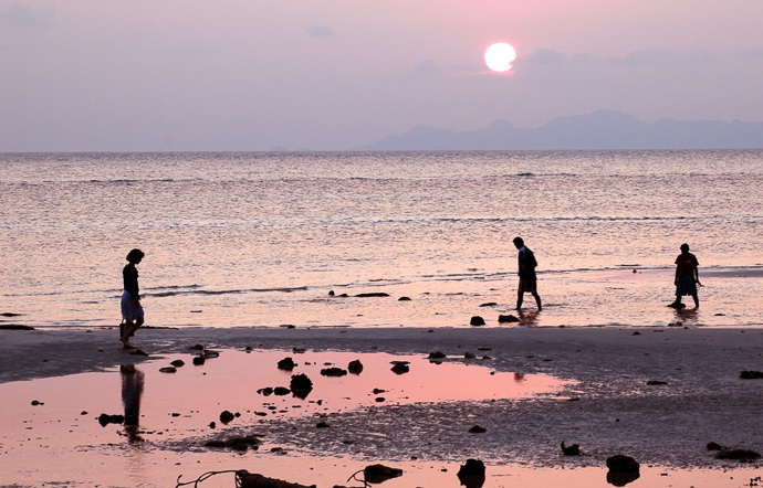 Koh Samui People on Beach Thailand
