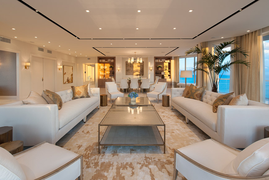 Platinum Luxury Auctions_14_PLA_LivingRoom