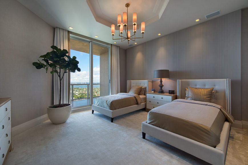 Platinum Luxury Auctions_20_PLA_Bedroom