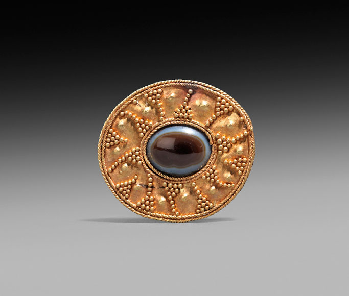 Rupert Wace Ancient Art Parthian brooch