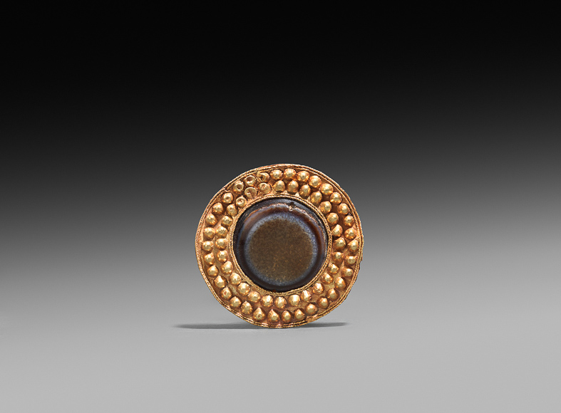 Rupert Wace Ancient Art_Parthian brooch 2