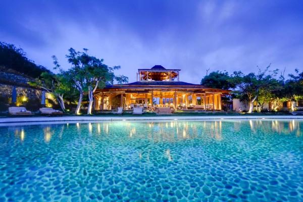 Villa Opiumn in Mustique Caribbean